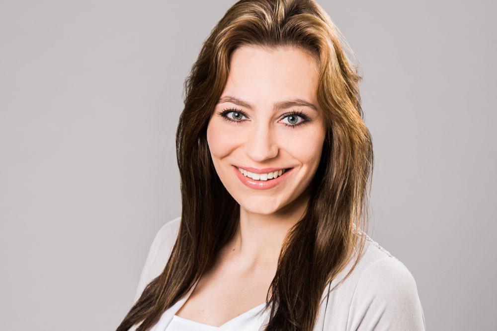 Julia Lowin